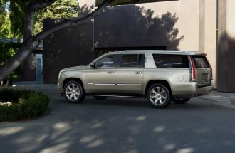 2015-Cadillac-Escalade-040-medium