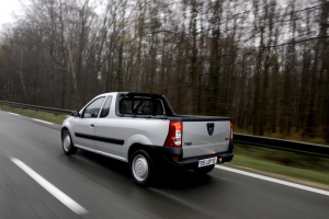 Dacia Logan Pick-Up 03 Heck  Seite